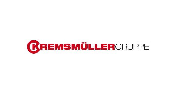 Der Schriftzug Kremsmüller Gruppe ist in rot und schwarz gehalten; weißer Hintergrund