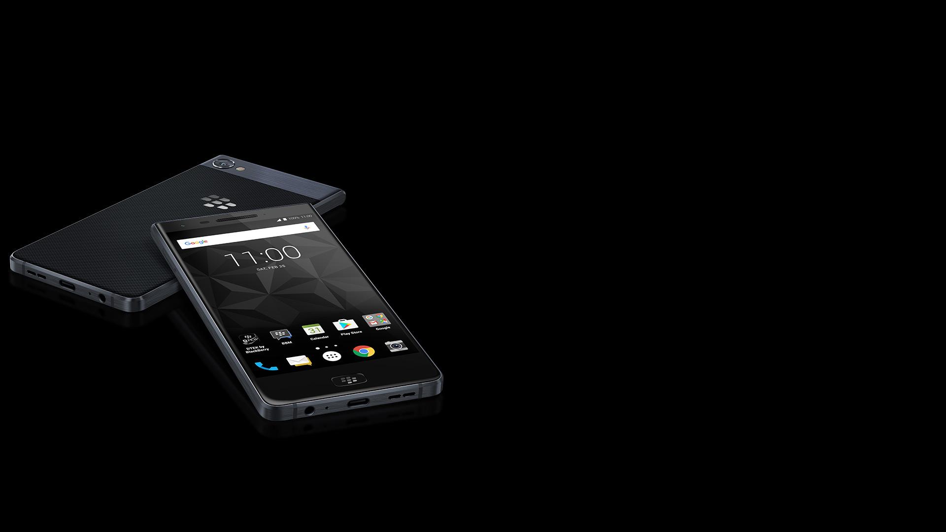 Blackberry Motion auf schwarzem Hintergrund