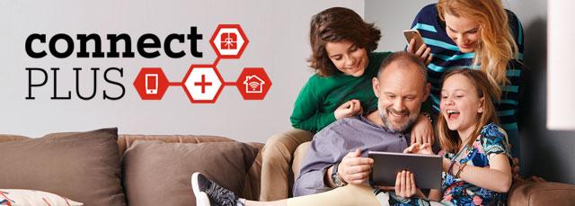 Familie mit A1 Connect Plus Schriftzug