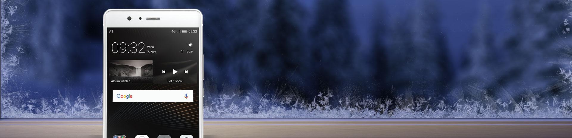 Huawei P9 Lite auf winterlichem Fensterbrett